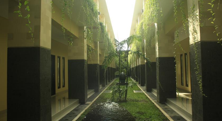 Bali Mega Hotel 11