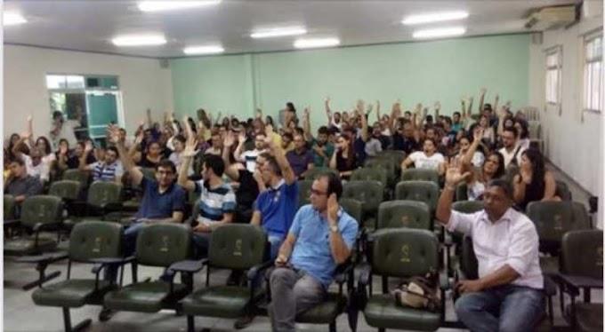 Técnicos administrativos da UEPB decidem continuar em greve; paralisação já dura 3 meses