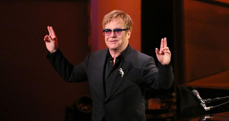 Terjemahan Lirik Lagu Can You Feel The Love Tonight ~ Elton John
