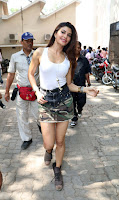 Actress Jacqueline Fernandez  Pictures in Short Skirt at Dishoom Movie Shooting Spot 0009.jpg