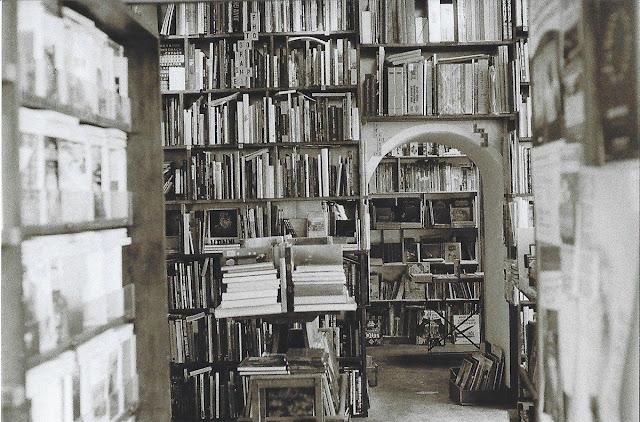 photo argentique noir et blanc librairie paris