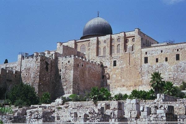 https://3.bp.blogspot.com/-i78AnnI-Sfw/WAIYWAoOxDI/AAAAAAAAJio/JDjtFyzChyMlTEiLBbYOv-ulVcPuEycUACLcB/s640/The-Al-Aqsa-Mosque-horz.jpg