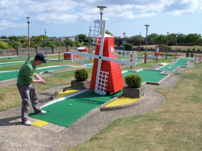 Arnold Palmer Mini Golf Putting course in Skegness