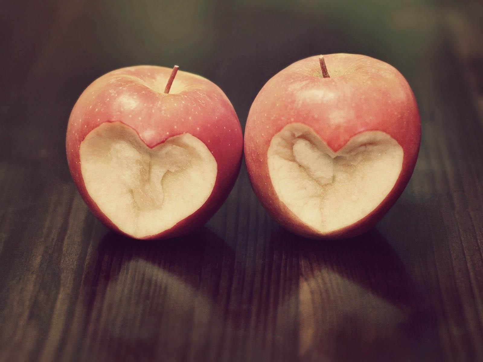 Wallpapers: Apple Love Wallpapers