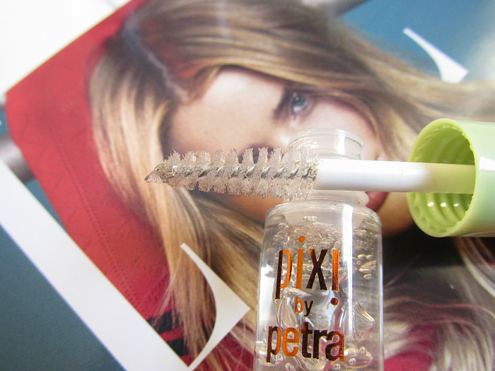 pixi by petra - Brow Tamer - 14.45 Euro