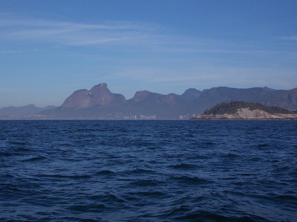 Montanha gigante deitado Rio de Janeiro