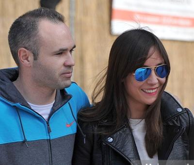 Anna Ortiz dan Andres Iniesta