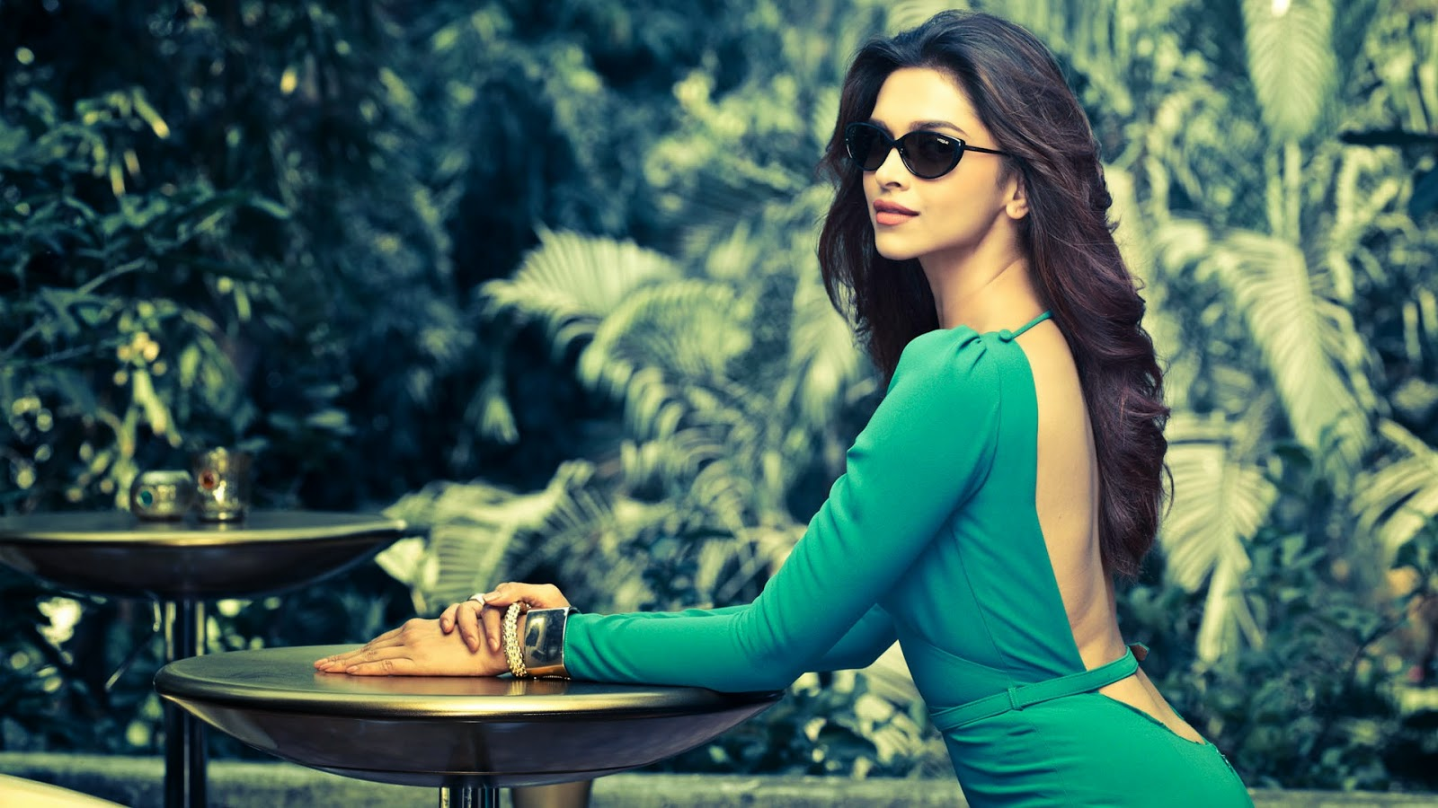 Deepika Padukone Wallpapers HD Photo
