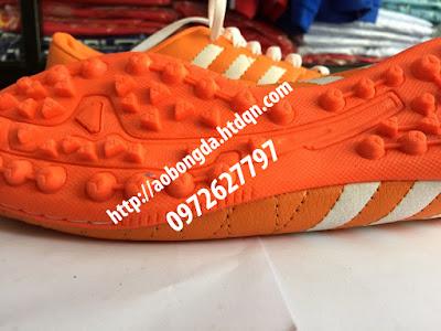 giày bóng đá cỏ nhân tạo 5
