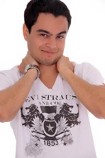 Jhonatan Pereira dos Santos - Reportagem Vitrine Tv Cultura - Studio Bianca Machado