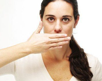 Cara Mengatasi Bau Mulut saat Berpuasa