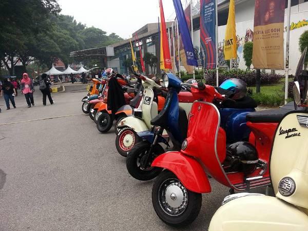 vintage bikers 1mcat art bazaar balai seni visual negara