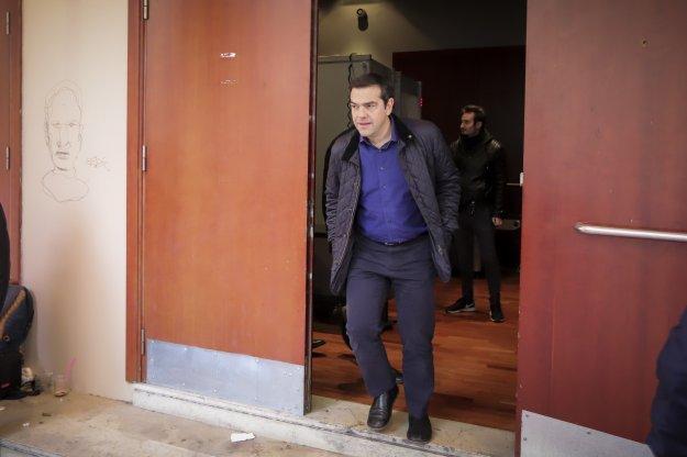 Μέσα από τη «διάλυση» των ΑΝΕΛ περνάει η απόφαση Τσίπρα για κάλπες