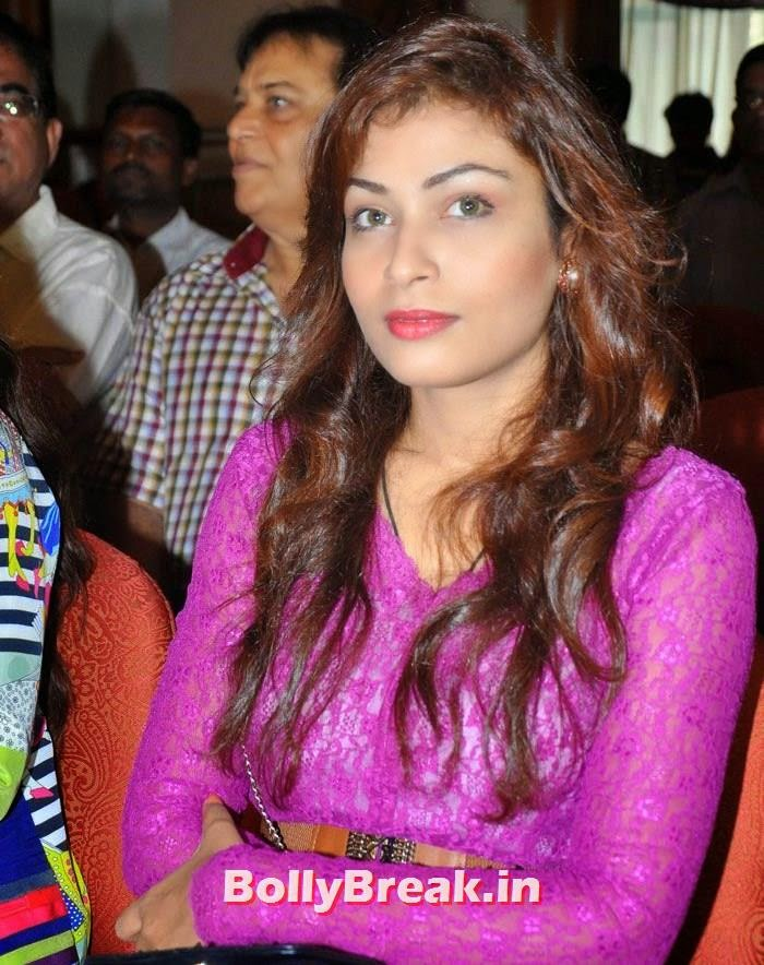 'Chaarfutiya Chhokare' Movie Promotion, Soha Ali Khan Promote Movie 'Chaarfutiya Chhokare'
