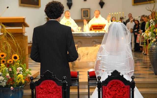 vaticano, virgen no es un requisito, la santa iglesia, las virgenes