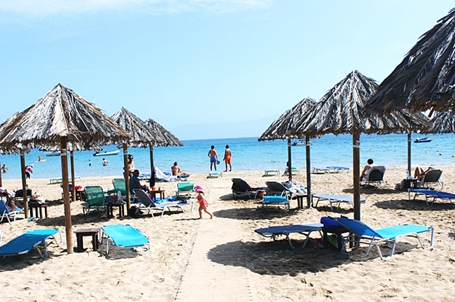Santa Maria beach Paros.Santa Maria beach bar.Paros travel guide.Best Paros beaches.Paros ostrvo plaze.