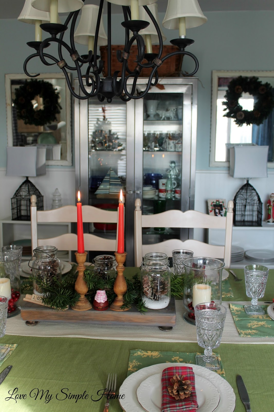 Rustic Dining Room Christmas