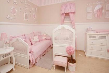 Cuarto bebé blanco rosa