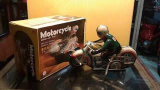LAPAK MAINAN JADOEL : Dijual Mainan Motor Tin Toys
