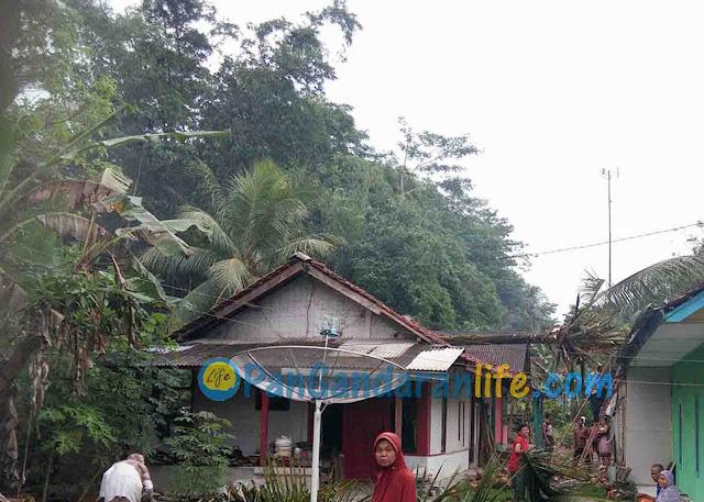 Puting Beliung Kembali Hantam Beberapa Desa di Pangandaran