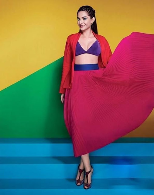 Sonam Kapoor in advertising a new collection of L'Oreal