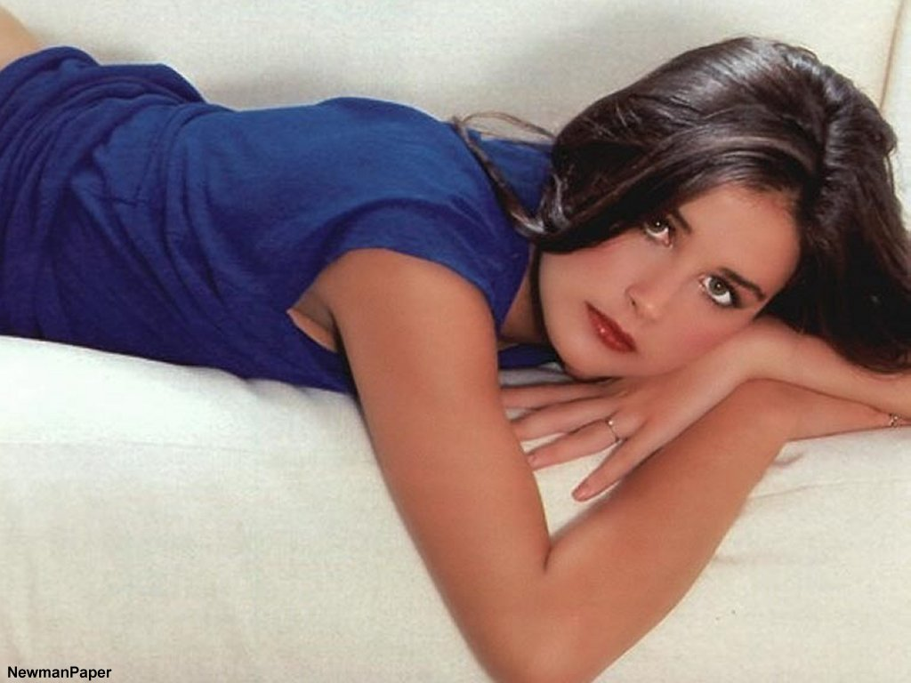 Demi moore upskirt in pantyhose think, that