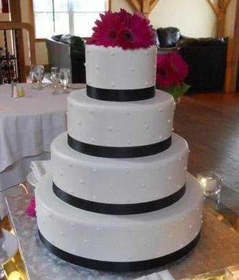 Blue Bunny I Do Wedding Cake Ice Cream Review