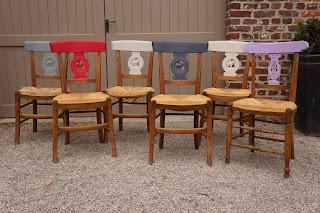 chaises-colorées