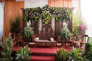 laila indah wedding: rias minimalis dengan dekor 4 meter