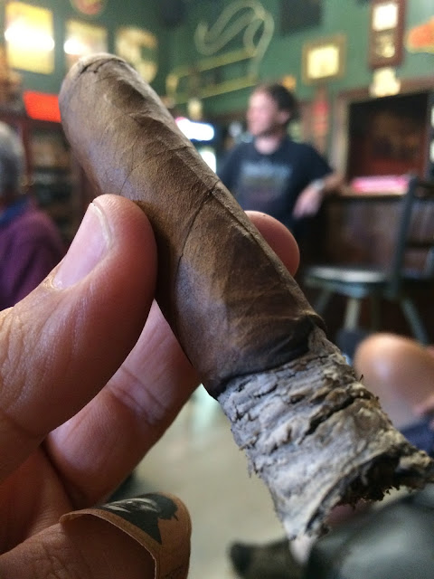 Caldwell Blind Man's Bluff cigar 5