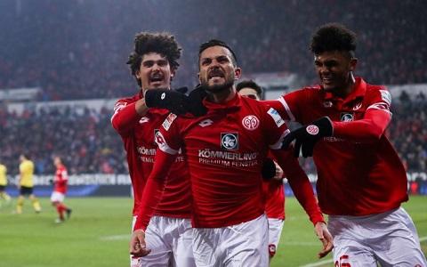Mainz có nhiều lợi thế hơn nên có nhiều cơ hội chiến thắng