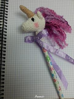 Tutorial lápiz unicornio tejido a crochet - YouTube | Faixa de ... | 320x240