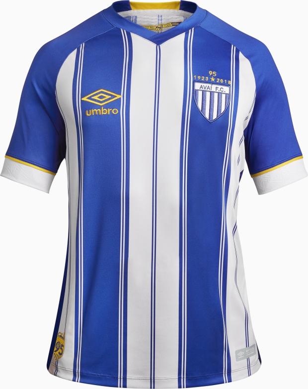 Umbro lança a nova camisa titular do Avaí - Show de Camisas 7904ae4c20122