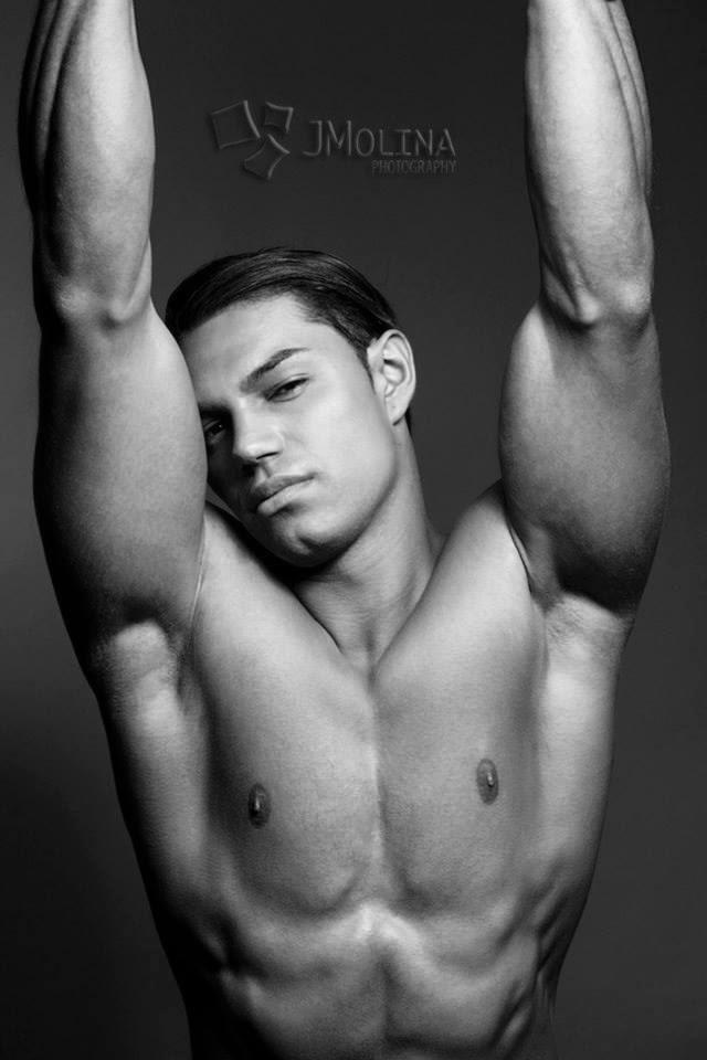 Hot Men From Central America: Pablo Herrera, guapo chico