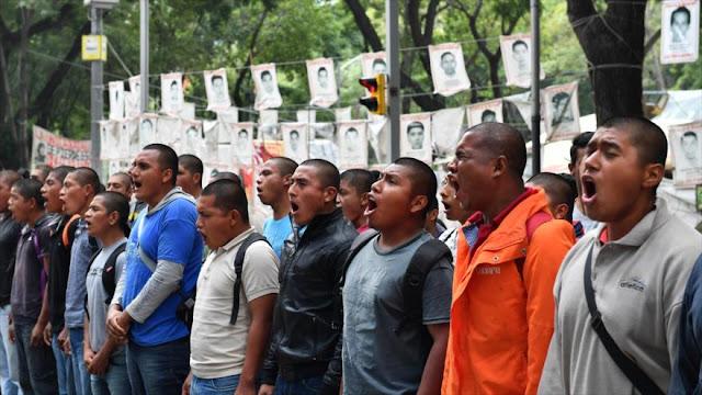 Padres de los 43 acusan al Gobierno mexicano de incumplir promesas