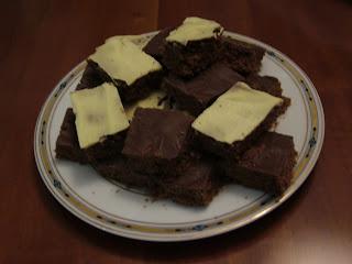 Quadrotti bianchi e neri al cioccolato