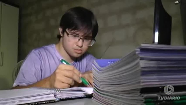 Resultado de imagem para Estudante com Síndrome de Down é aprovado em vestibular de Direito em Sobral