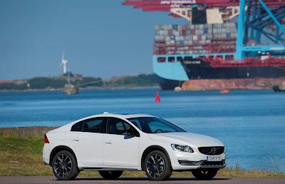 To νέο Volvo S60 Cross Country στην Ελλάδα