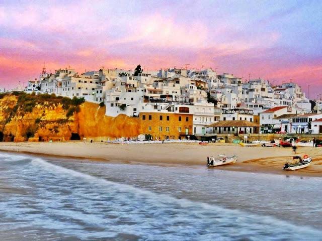 Cidade de Albufeira no Algarve