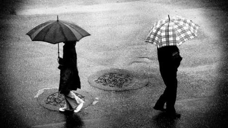 jatuh cinta dengan mantan