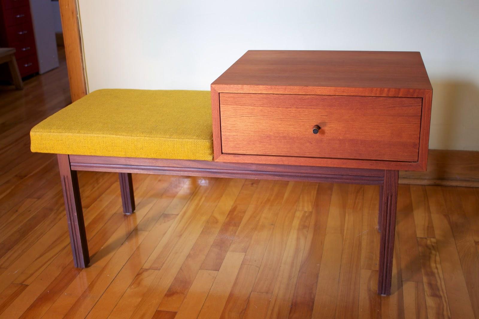 banc d 39 entr e en teck vendu lux int rieur. Black Bedroom Furniture Sets. Home Design Ideas