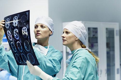 """Медицинский бренд: как правильно ответить пациенту на вопрос """"Почему именно Ваша клиника?"""""""
