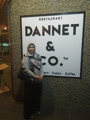 Romantika 10th Anniversary Di Dannet & Co.