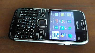Nokia E72 yang kedua (original)