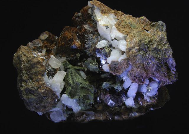 Clasificacion de Granates,fotos y yacimientos. DSC_0012