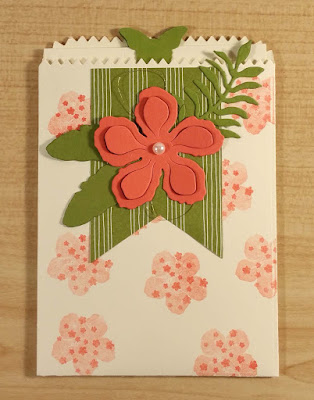 Mini Treat Bag used as a Gift Card Holder, decorated with Botanical Blooms Builder Die Pieces