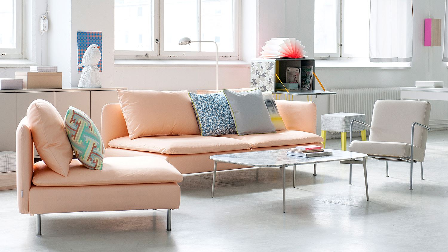 How to find the perfect sofa for your home don 39 t cramp for Ikea free couch giveaway
