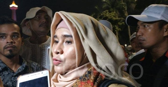 Soal Doa Neno Warisman, Prabowo-Sandiaga Didesak Segera Minta Maaf