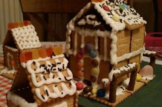 Εύκολη συνταγή για Χριστουγεννιάτικα σπιτάκια από πτι μπερ!