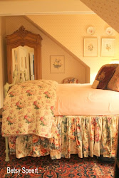 bedroom cottage english country floral decor bedrooms room guest betsy speert cottages bedding bed pink chintz designs shabby cozy chic
